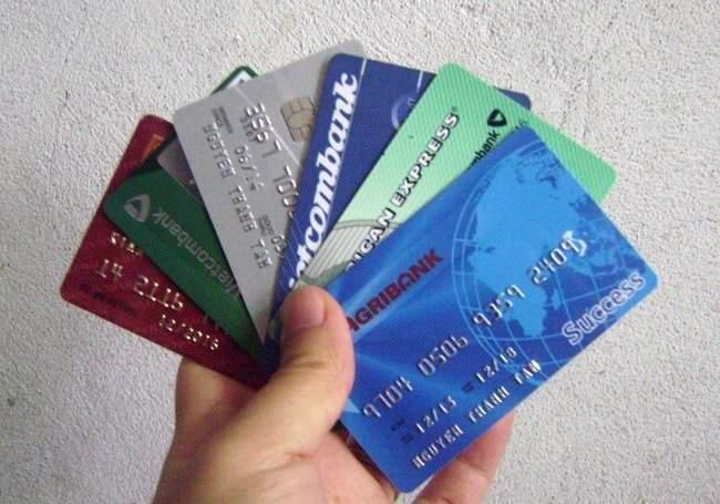 Phí làm thẻ ATM bao nhiêu?