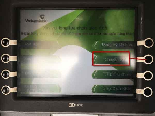 Hướng dẫn chuyển tiền qua cây ATM