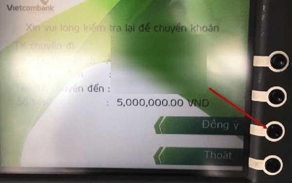 chuyển tiền qua cây ATM