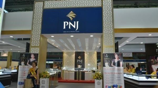 Mua vàng bạc tại các cơ sở PNJ ở Hà Nội